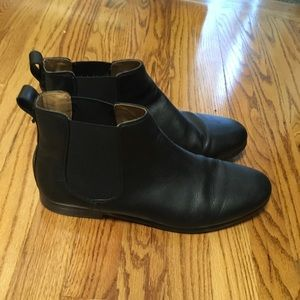 Clarks Black Leather Chelsea Boots Size 11.5